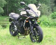 Продам Спорт-байк Yamaha FZR-6